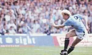 man utd home 1989 to 90 oldfield 1st goal